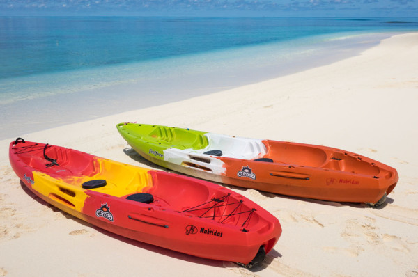 Kayaks-on-Beach