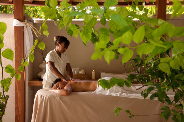 Massage-in-Beachfront-SPA-Cottage